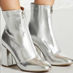 NEW Silver Faux Leather Heeled Ankle Boots